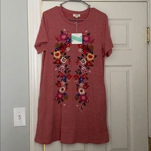 Umgee size small embroidered T-shirt dress